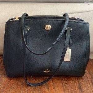 LIKE NEW coach handbag